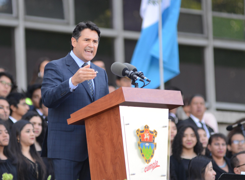 Ricardo Quiñónez en su primer discurso como alcalde, electo en las pasadas elecciones.