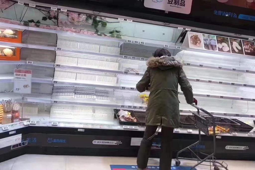 Supermercado en Wuhan. Las compras para abastecerse se intensificaron en los primeros días de enero. Foto: Celia Esquivel