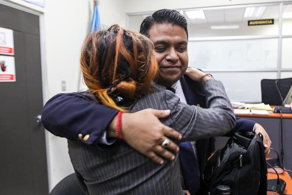 Una reciente audiencia donde el abogado Esteban Celada, de la organización MTM, defendió a la chelista Pamela Flores. Foto: Carlos Sebastián