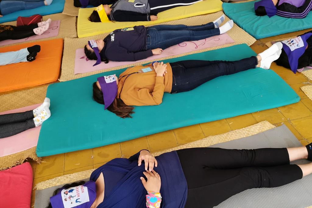 Actividades de reflexión, meditación y sanación.