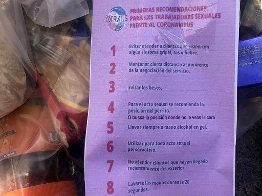 Junto con los víveres OTRANS entregó una lista de precauciones para el trabajo sexual frente al riesgo del coronavirus.